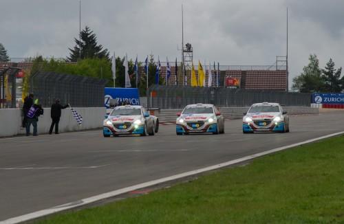 Peugeot_208_GTi_Nurburgring_1